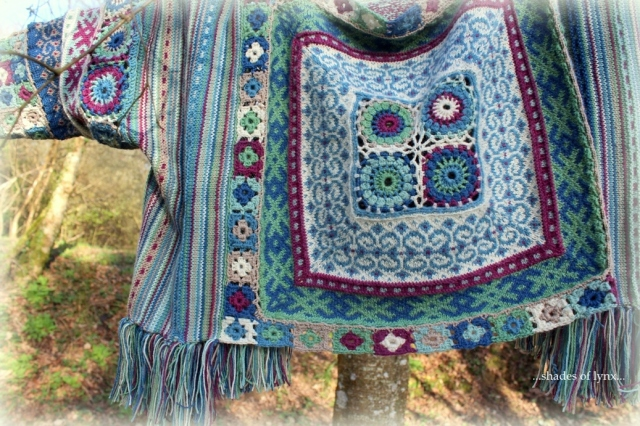 verso-folk-sweater-detail
