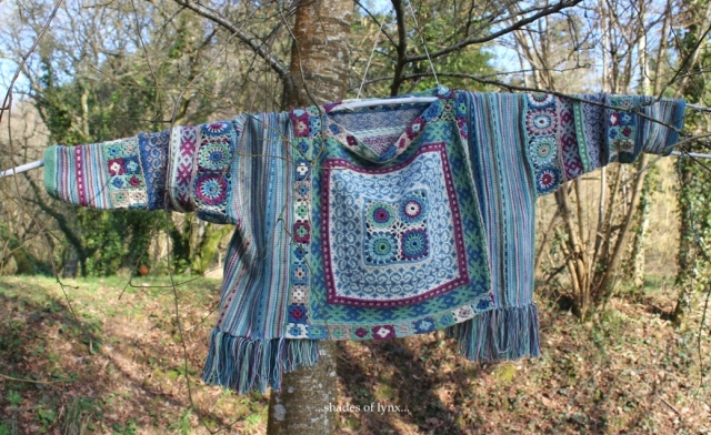 verso-folk-sweater